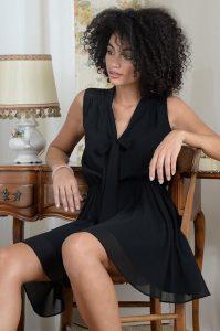 Molly Bracken Vestido fluido com elastico na cintura preto MAJODI.COM